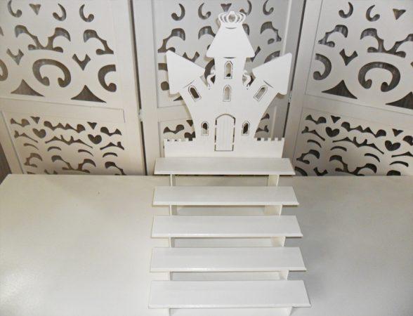 Locação de Castelo Porta Doces Cupcakes Escada