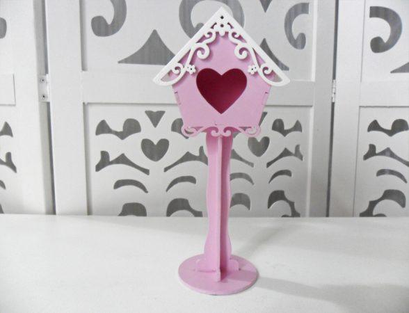 Locação de Casa de Passarinho Coração Com Pedestal Rosa Pequena