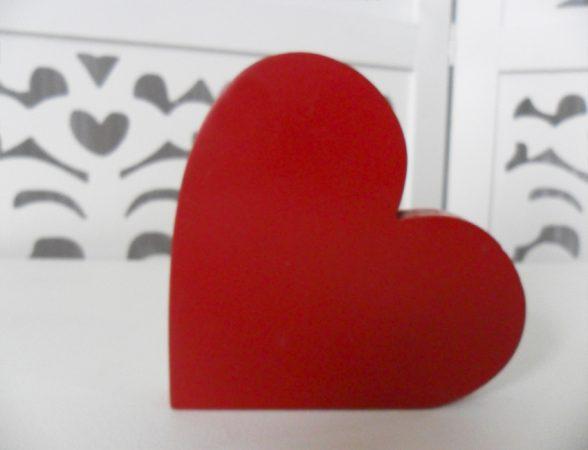 Locação de Símbolo Coração Vermelho de Mesa