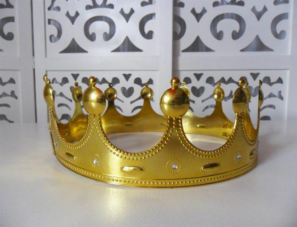 Locação de Coroa Desmontável de Mesa em Plástico