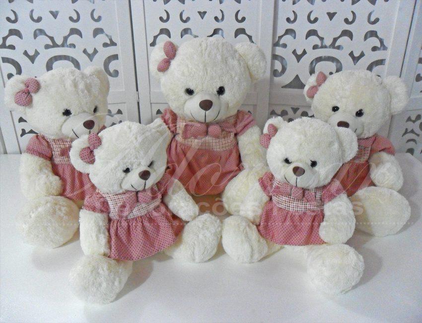 Locação de Kit Personagens Ursas Rosa e Marrom Para Festa Infantil e Chá de Bebê