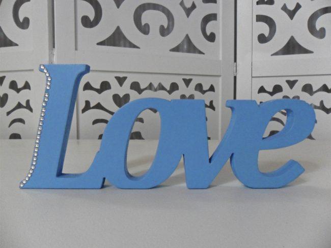 Letreiro Love Azul
