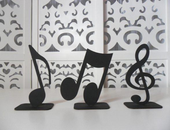 Locação de Letreiro Notas Musicais Preto de Mesa em Provençal