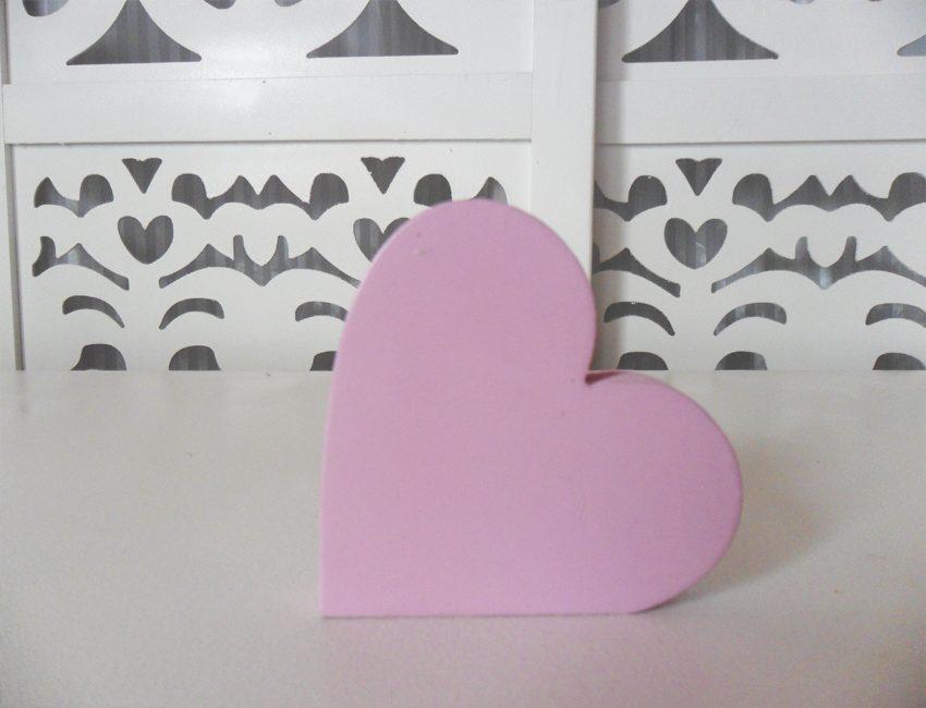 Locação de Símbolo Coração Rosa de Mesa em Provençal