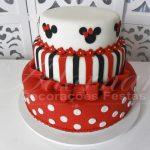 Locação de Bolo Cenográfico Minnie Mouse Vermelha Para Festas e Eventos