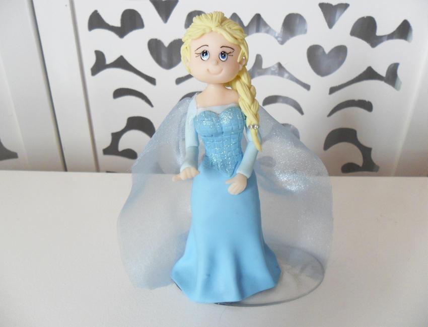Locação de Topo de Bolo da Elsa Frozen em Biscuit