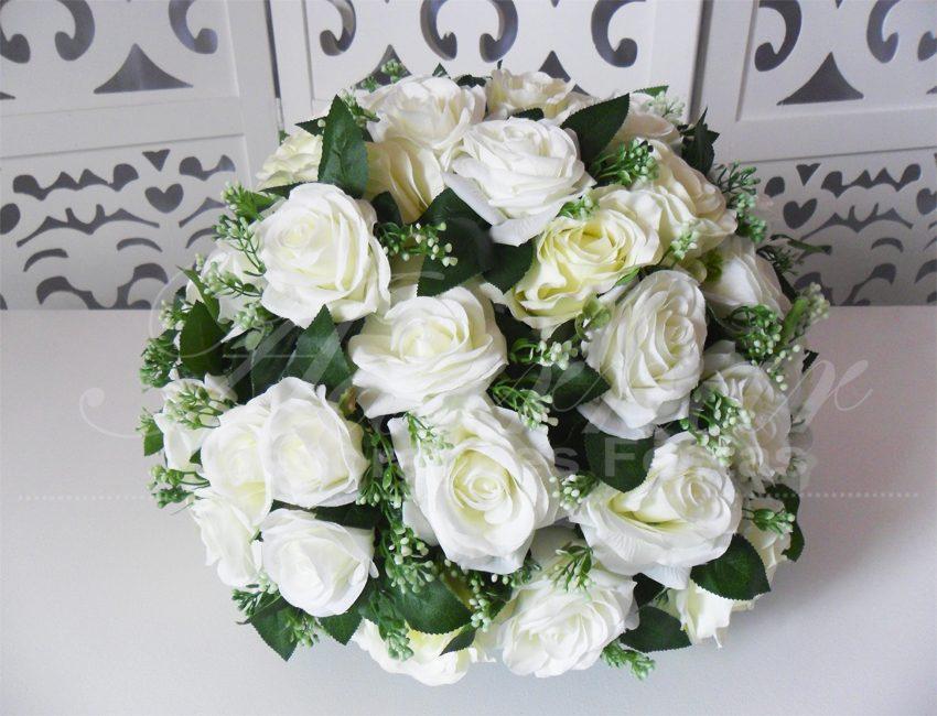 Locação de Arranjo de Flores Branco