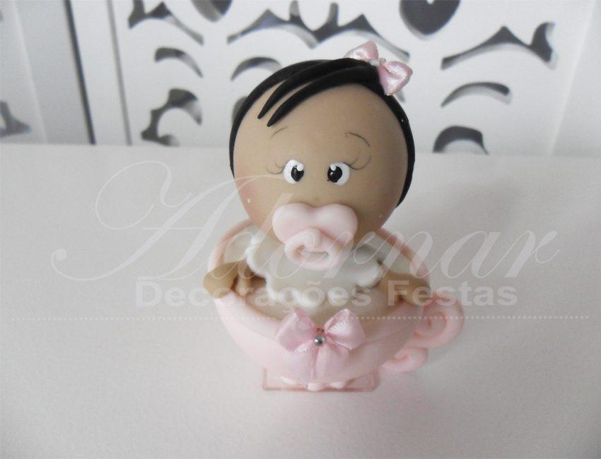 Locação de Topo de Bolo Xícara Com Menina Rosa em Biscuit