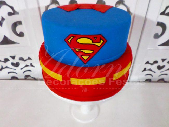 Bolo Fake Super Homem