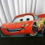 Aluguel de Cenário Display de Chão Mcqueen Carros Disney