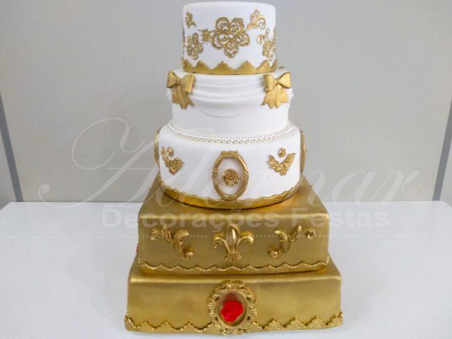 Bolo Fake Dourado Branco