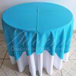 Locação de Toalha Branca Com Cobre Mancha Azul Tiffany Para Mesa Redonda