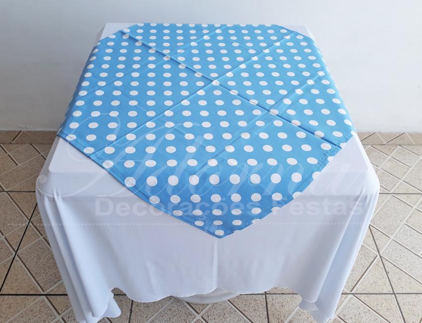 Locação de Toalha Branca Com Cobre Mancha Azul Com Bolinha Branca