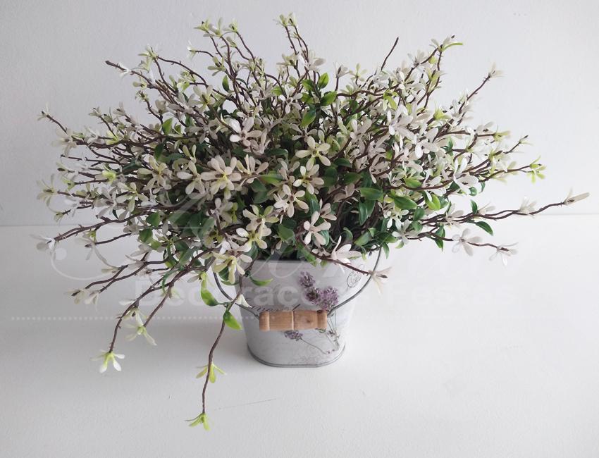 Locação Vaso Jardineira de Metal Com Arranjo de Flores Pequeno