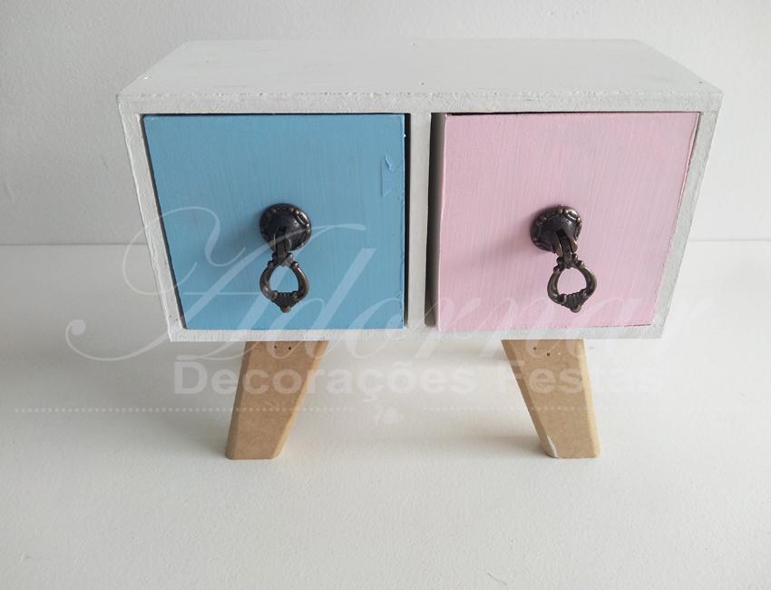 Locação de Mini Cômoda em Azul e Rosa